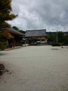 白砂の庭-2